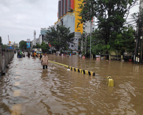 Jakarta among cities most threatened by rising sea levels, extreme weather: Report