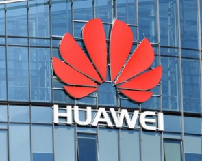 Huawei plans to charge Apple and Samsung 'reasonable' fees for 5G royalties