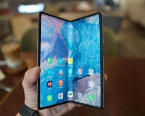Huawei Mate X2 review: Foldable phone beats Samsung's with a superb zoom camera and other hardware, even if there are no Google services