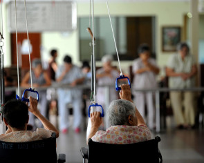 Small nursing homes feel the squeeze as new rules kick in