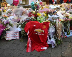 United, City pledge $1.8m to Manchester attack fund