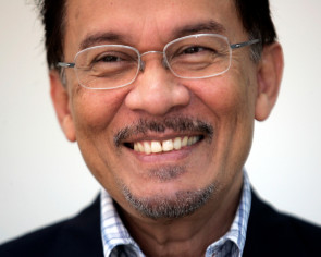 Jailed Malaysian leader Anwar to be released on May 15