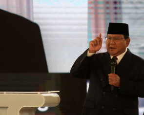 'My mother was a Christian': Indonesian presidential candidate Prabowo denies supporting caliphate