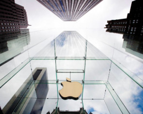 Scoot over Microsoft: Apple again the most valuable US company