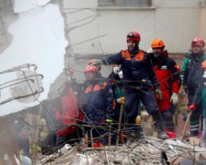 Death toll in Istanbul building collapse rises to 10: Governor
