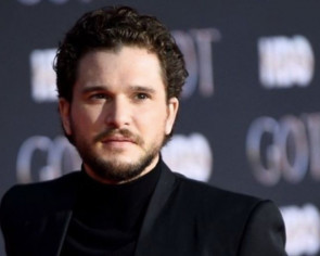 Kit Harington trolled on SNL by Game of Thrones cast