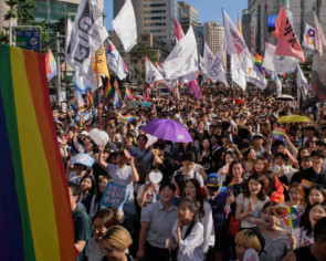 Thou shalt not march: South Korean conservatives denounce Pride event