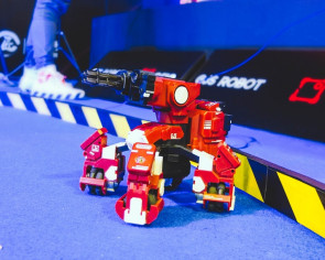 Calling all mech pilots — Singapore Robo Fight kicks off at Consumer Electronics Exhibition today
