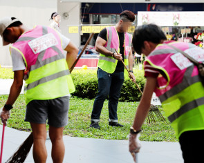 NEA reveals new 'eye-catching' CWO vests to deter litterbugs