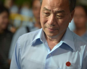 Former WP chief Low Thia Khiang out of ICU after 5 days following fall, now in general ward