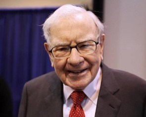 Warren Buffett sold Goldman Sachs - are banks overvalued?