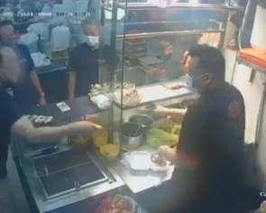 Customer throws chicken at Bedok stallholder as they haggle over $2 serving