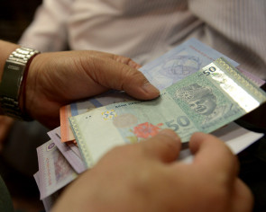 Ringgit most badly hit among Asian currencies