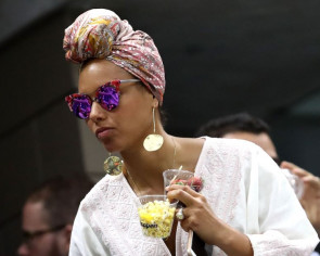 Mic drop: Alicia Keys left voiceless at Thai mall launch