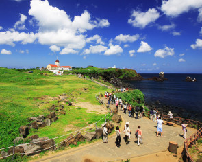 Jeju Olle launches hiking courses for foreign tourists