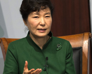 Park proposes Abe to hold summit this weekend