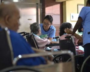 S'poreans okay with moving to nursing homes in their old age