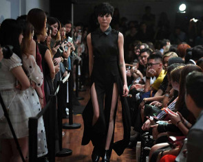 Singapore Fashion Week 2016 opens with a bang