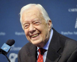 Former US President Jimmy Carter falls, requires stitches