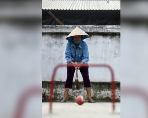 Hoop troupe: Croquet an unlikely hit for Vietnam retirees