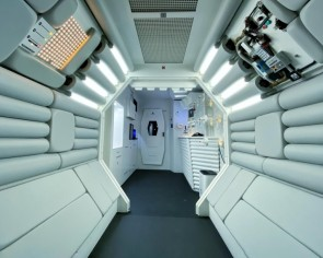 Alien fan transforms apartment interior into The Nostromo
