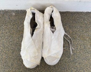 I try a cleaning hack for white shoes that uses toilet paper and I'll be mummifying my shoes whenever I wash them