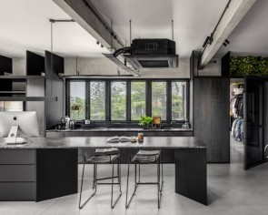 Open kitchen vs closed kitchen: Which should you choose?