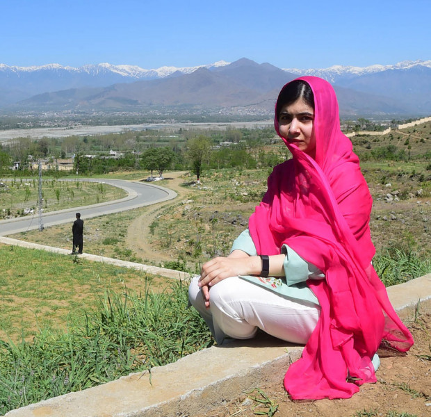 Malala leaves Pakistan after emotional 4-day visit
