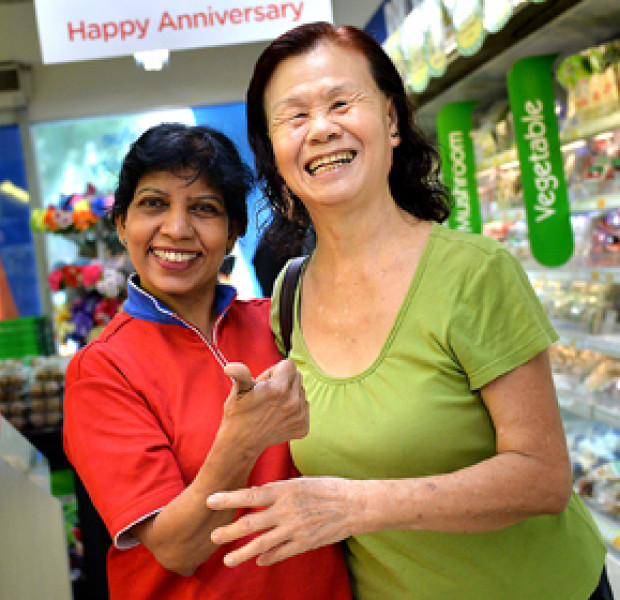 NTUC retail assistant can speak four languages