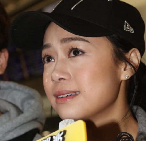Jacqueline Wong returns home after 8 months in hiding, here's what she says in tears