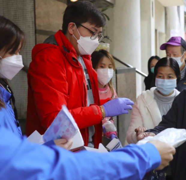 Coronavirus: Hong Kong lawmakers slam top ministers as 'incompetent' and slow to react to public health crisis