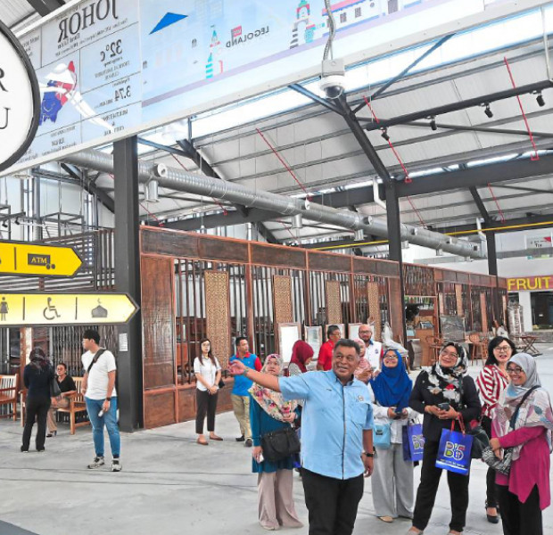 Street market a new attraction in JB