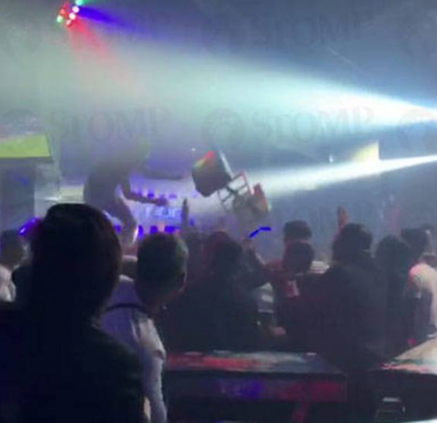 Riot breaks out at Clarke Quay club, man taken to hospital