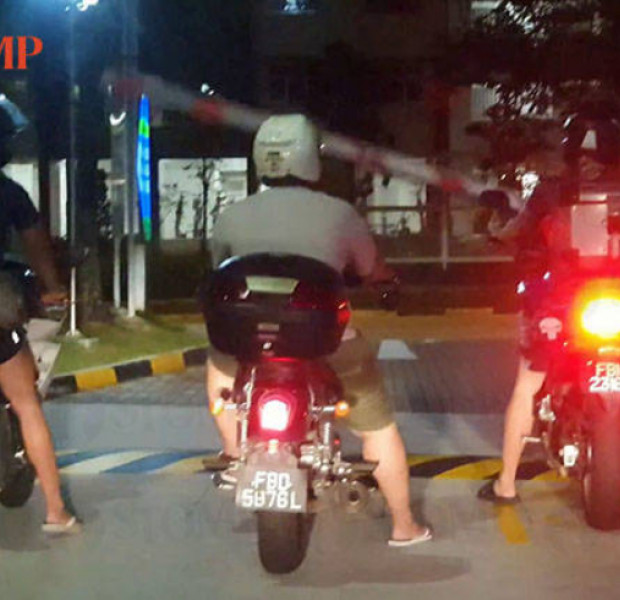3 for the price of 1? Motorcyclists exit Woodlands carpark at the same time
