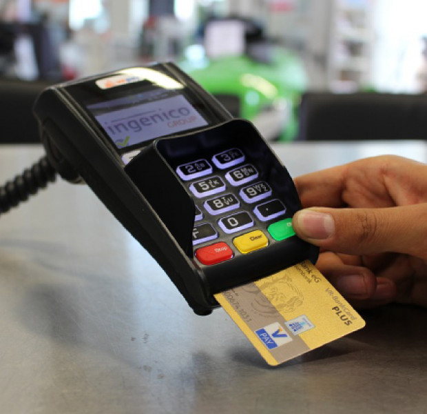 Cashless payment remains low in Vietnam