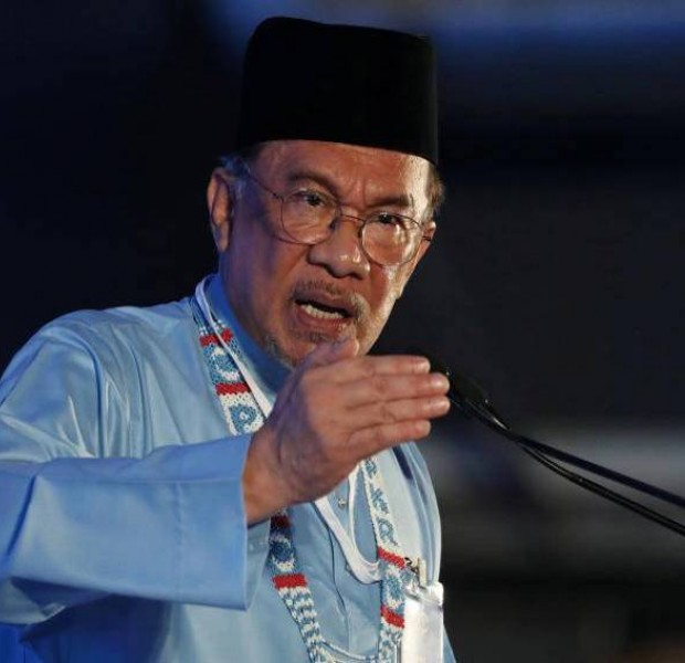 Anwar takes a swipe at Mahathir's proposal for son to be DPM