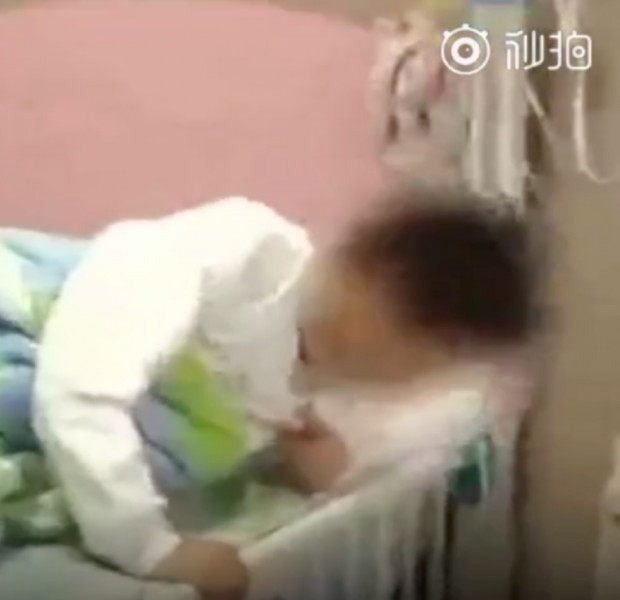 Chinese teacher punishes students by forcing them to eat trash
