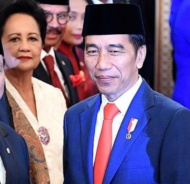 Jokowi takes big gamble by including fierce rival in Cabinet