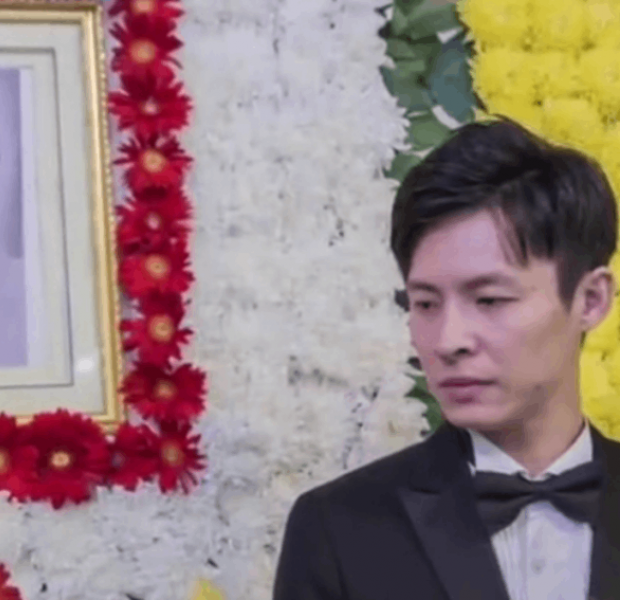 Chinese woman loses battle with cancer, husband sends her off with wedding at her funeral