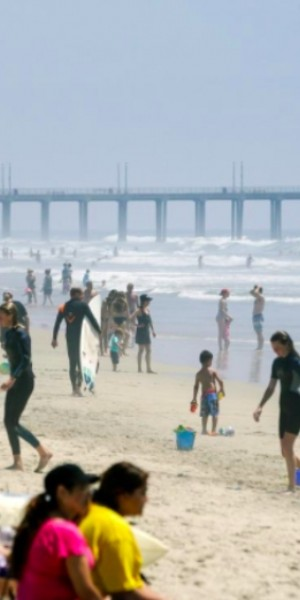 Americans flock to beaches as US coronavirus cases hit record high
