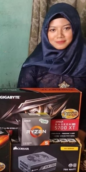 Indonesian man bestows gamer fiancee with high-end PC parts as engagement gifts