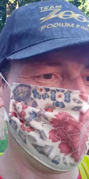 Doctor runs 35km with face mask on to prove it doesn't interfere with breathing