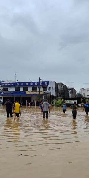 Almost 4,000 people displaced by floods in Johor