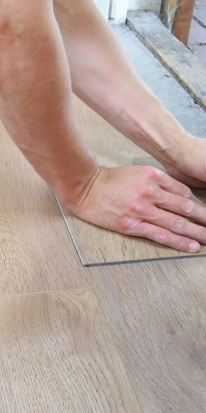 Flooring options in Singapore - price guide to vinyl flooring & more