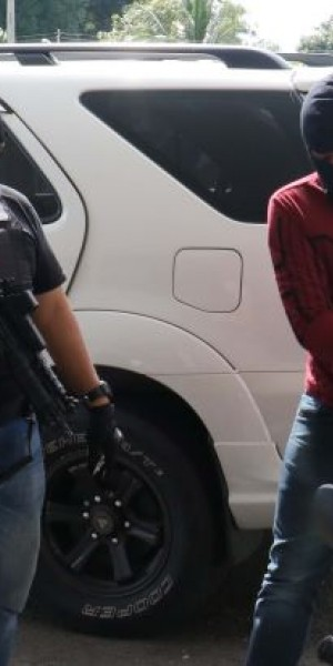 Malaysia arrests 10 over links with South Philippines militants