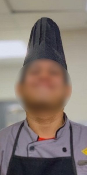 Malaysian 5-star-hotel chef tweets about spitting in Chinese customers' food, so of course he got fired