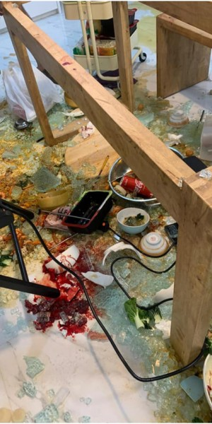 Glass tabletop 'explodes' during hotpot dinner, leaves behind bloodied mess