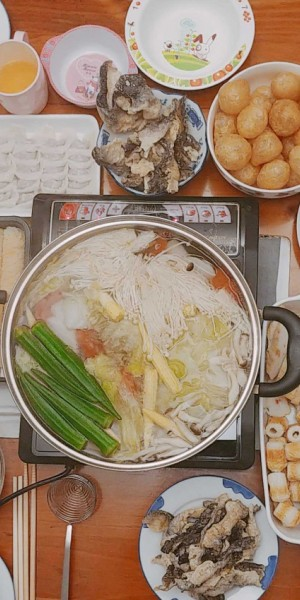 Singapore hospital warns hotpot should not be eaten more than once a month, seafood and chicken broths among least healthy
