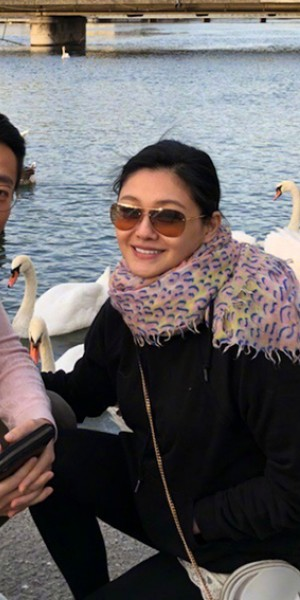 Barbie Hsu buys 10,000 masks to send to Wuhan - and other celebs helping in fight against Wuhan virus