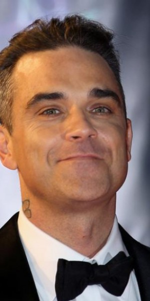Robbie Williams and daughter are scared of a ghost in their home